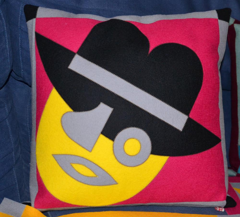 """Cuscino """"Testa con cappello"""" 40 x 40 cm"""